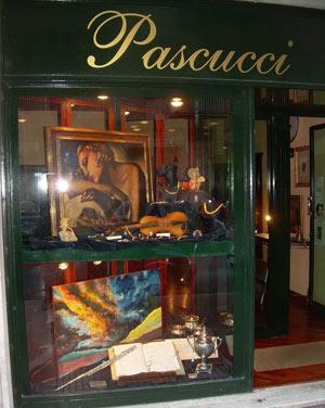 Le opere del Maestro Alfonso Palma presso la Gioielleria Pascucci